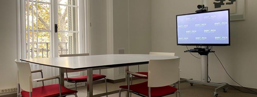Sala habilitada para reuniones telemáticas
